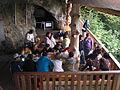 Eingang Kristallhöhle (5001797102).jpg