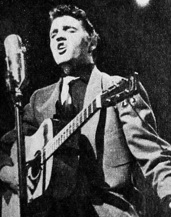 Elvis Presley - TV Radio Mirror, September 1956 01 (cropped)