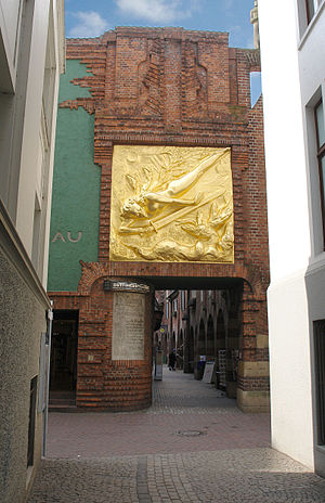 Böttcherstraße - Image: Engel Boettcherstrasse