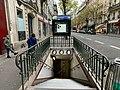 Entrée Station Métro Ranelagh Paris 4.jpg