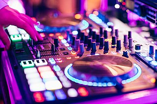 Electronic music Genre of music that makes use of electronic instruments