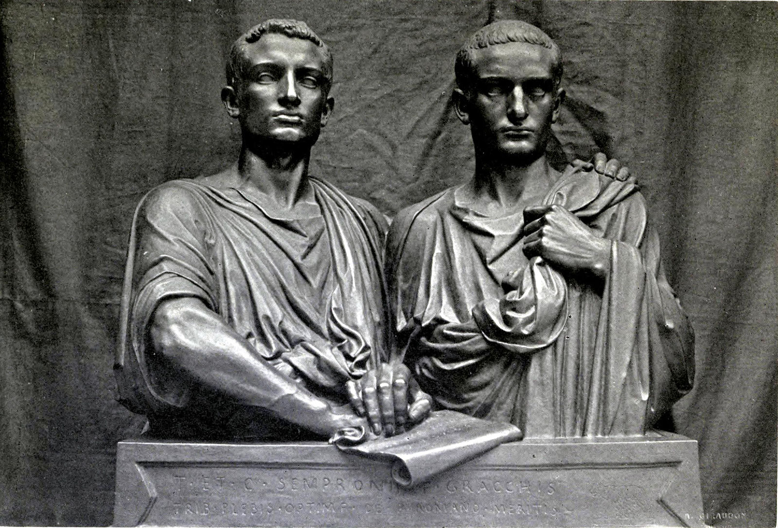 the influence of gaius gracchus over the political bodies of the roman republic The next historical blog-post will deal with the political career of tiberius' younger brother, gaius sempronius gracchus, and with the short and long-term effects of the brothers' political careers on the fate of the roman republic at home and abroad.
