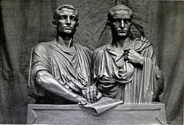 Tiberius en Gaius Sempronius Gracchus: Les Gracques door Eugène Guillaume (Musée d'Orsay, plaastermodel in 1847-1848[1], eindmodel in 1853).[2]