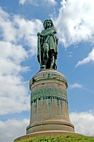 File:F07 Alesia, Statue Vercingetorix.0044.JPG