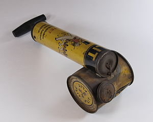 Insecticide - FLIT manual spray pump for insecticides from 1928