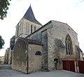 FR 17 Villeneuve-la-Comtesse - Église Notre-Dame de l'Assomption 02.jpg
