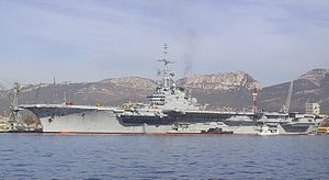 French aircraft carrier Foch (R99) - Image: FS Foch 1