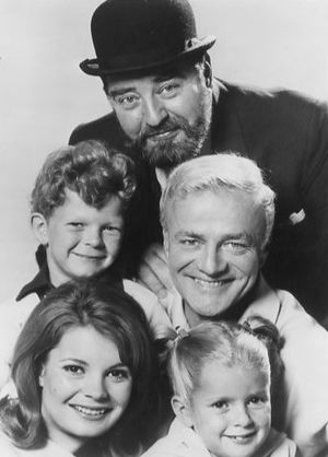 Brian Keith - Keith (center right) with Sebastian Cabot (top) and the other costars of Family Affair