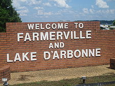 Welcome sign at Farmerville