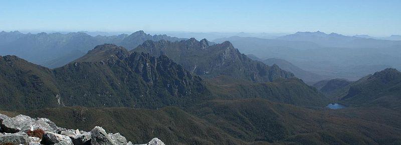 File:Federation Peak summit.jpg