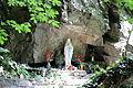 Feldthurns Schrambach Lourdesgrotte.jpg