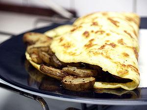 Omelet med ristede jordskokker og rosmarin