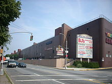 Middle Village, Queens - Wikipedia