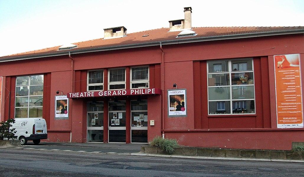 Frouard_l'Hôtel_de_Ville, le_théâtre et la poste.