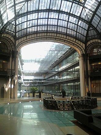 Paris architecture of the Belle Époque - The grand gallery of the headquarters of Credit Lyonnais at 18 rue du quatre septembre, by Victor Laloux (1907)