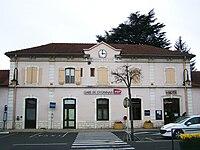Gare de Oyonnax (01).JPG
