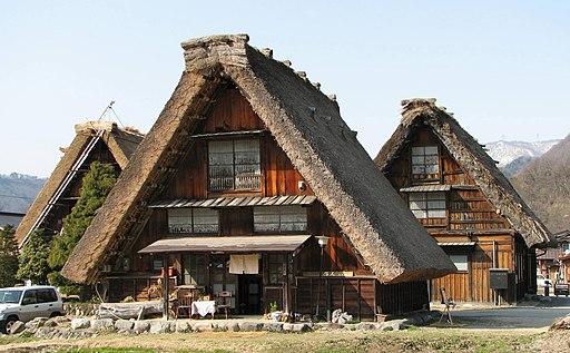 Gassho-zukuri farmhouse-01