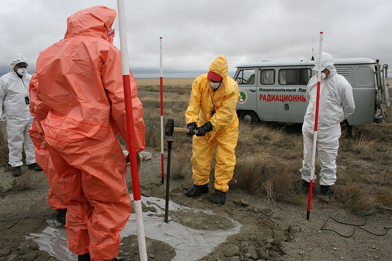 File:Gathering Gas Samples - Flickr - The Official CTBTO Photostream.jpg