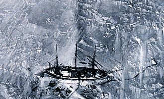 Gauss expedition - Gauss enclosed in the ice, seen from a tethered balloon