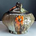Gebäckdose aus Keramik mit Uranglasur-9700.jpg