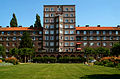 Geibelplatz 5 Hochhaus Glückauf Hannover Südstadt Gebäude mit Queranbauten.jpg