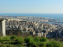 Genova panorama Oregina Lagaccio.jpg