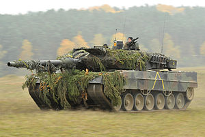 German Army Leopard 2A6 tank in Oct. 2012.jpg