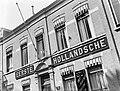 Gevel van een bijkantoor van de Eerste Hollandsche Levensverzekerings Bank in Br, Bestanddeelnr 189-1330.jpg