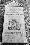 grafmonument bij nederlands hervormde kerk - stevensweert - 20205858 - rce