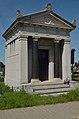 Grobnica porodice Vajndl, Apatin.jpg
