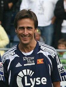 Category:Norwegian football midfielder stubs - WikiVisually