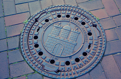 Hamburg Germany Sewer Cover 6D2B8110.jpg