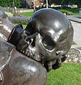 Hamlet's famous skull - panoramio.jpg