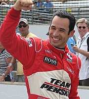 Helio Castroneves 2009 Indy 500 Carb Day.JPG