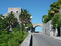 Herceg Novi city walls-03.JPG