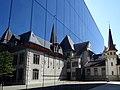 Historisches Museum als Spiegelbild.JPG