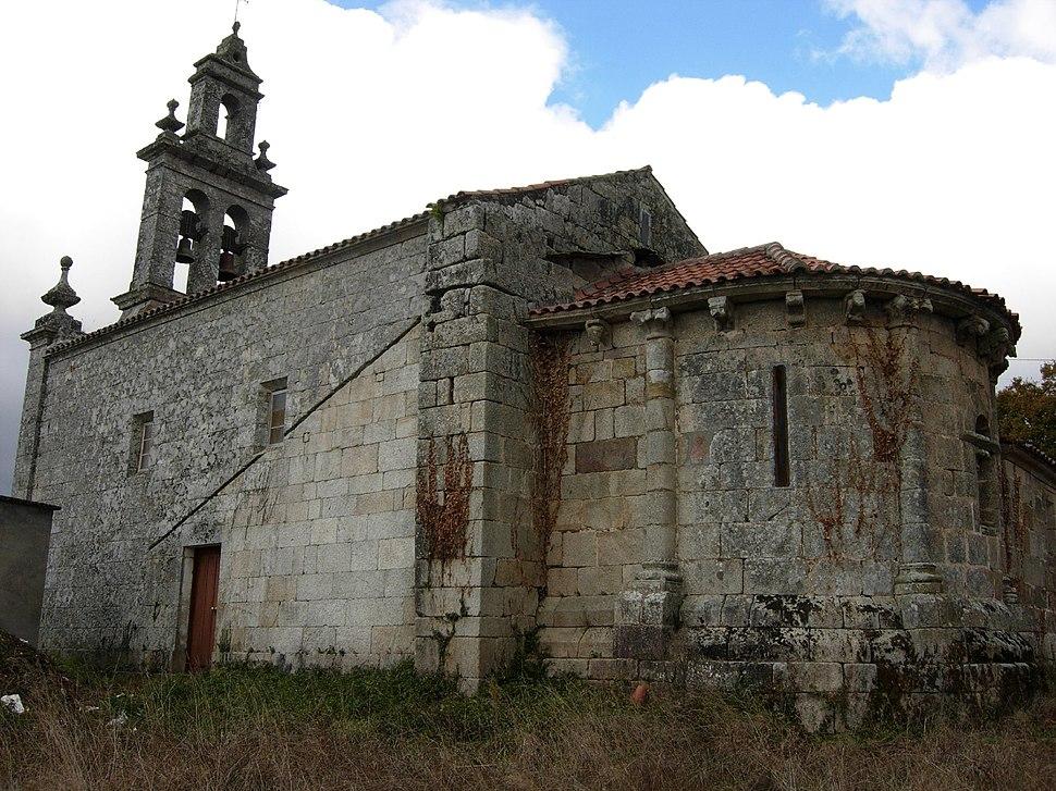 Iglesia de Santiago de Lousada