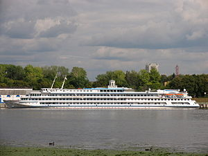 Igor Stravinskiy river cruise ship.jpg