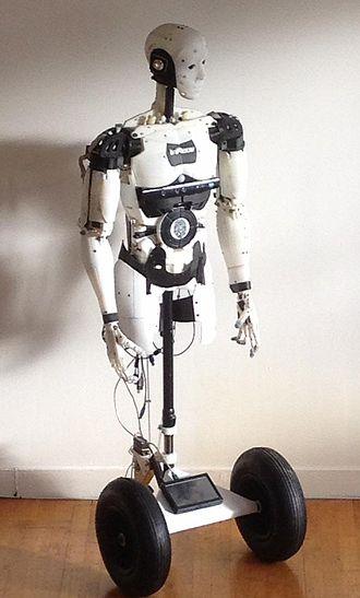 InMoov - InMoov robot (upper body) mounted on a wheeled mobile base