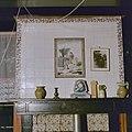 Interieur, kamer, tegeltableau (de Vlucht naar Egypte) boven schouw - 20000339 - RCE.jpg