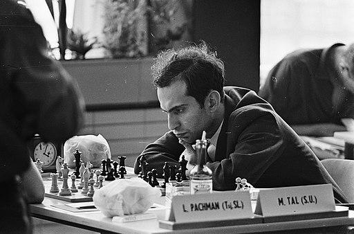 Interzonaal fide schaaktoernooi in GAK gebouw, Tal in die concentratie te midden, Bestanddeelnr 916-4754