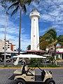 Isla Mujeres Lighthouse (12781314074).jpg