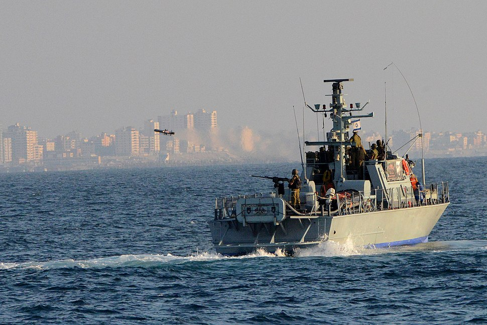 Israel Navy Strike Gaza from the Sea (14737264901)