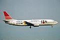 JA8932 B737-429 Japan Transocean Air KIX 19MAY03 (8400650223).jpg