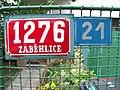Jahodová 21, tabulky.jpg