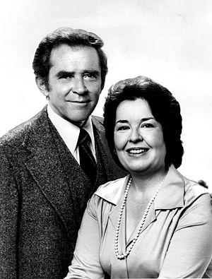 Sada Thompson - James Broderick and Sada Thompson on Family (1976)
