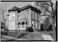 January 1975 GENERAL VIEW OF 300 NORTH TENTH STREET BLOCK - Starr Historic District, Richmond, Wayne County, IN HABS IND,89-RICH,7-1.tif