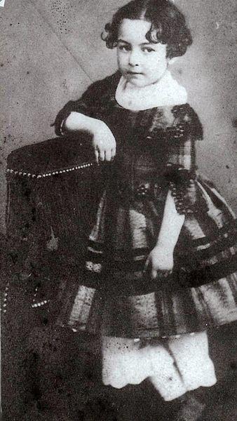 File:Jeanne Gabrielle Clésinger (1849-1855) (A).jpg