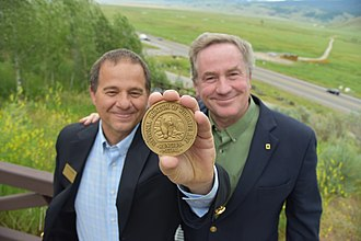Joel Sartore - Steve Seamons (left) and Joel Sartore (right) as Joel is awarded the prestigious Rungius Medal at the National Museum of Wildlife Art