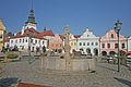 Kašna se sochou svatého Jakuba, Masarykovo náměstí v Pelhřimově.JPG